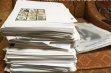 書類を捨てる