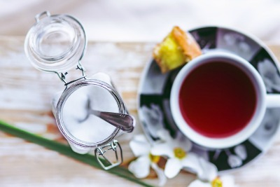 紅茶と砂糖