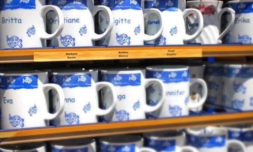記念のマグカップ