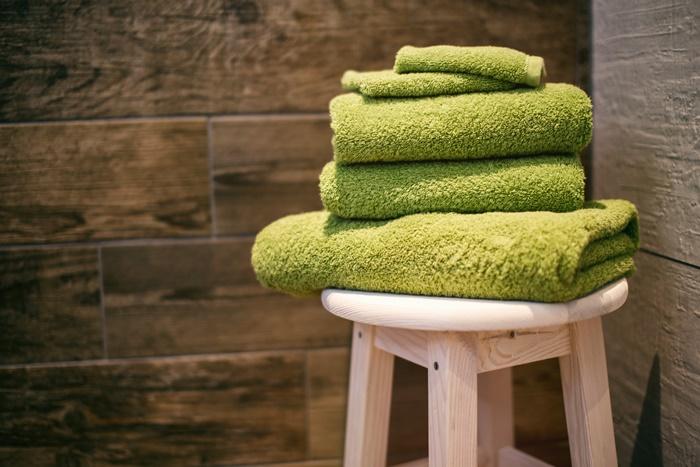 積み重なるタオル