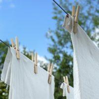 外に干した洗濯物