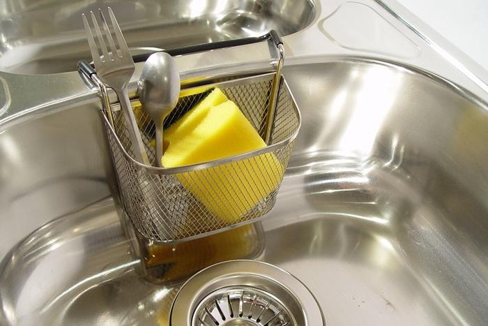 磨かれたキッチン