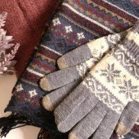 手袋とスカーフ