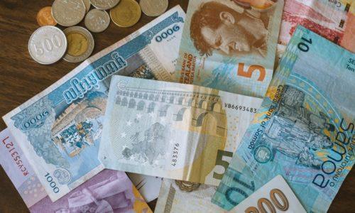 外国のお札とコイン
