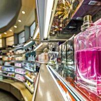 化粧品売場